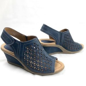 Earth shoes, blue cascade wedge SZ, 6.5